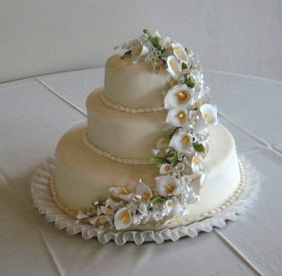 Yellow Curve Flower Cake
